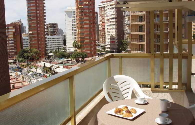 Maria Victoria - Terrace - 5