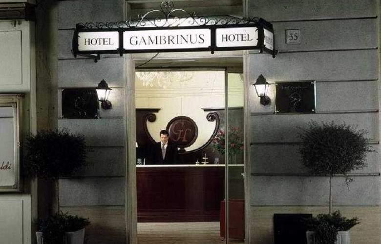 Gambrinus Hotel - Hotel - 6
