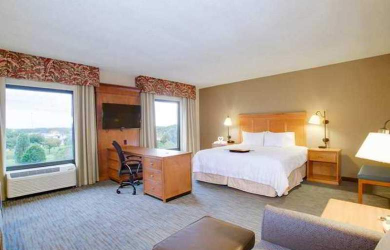 Hampton Inn & Suites Tampa-East - Hotel - 8