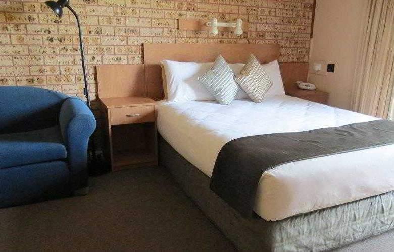 BEST WESTERN Bridge View Motel - Hotel - 4