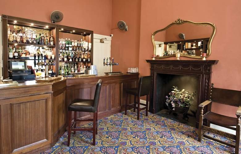 Best Western Plus Orton Hall Hotel & Spa - Bar - 16