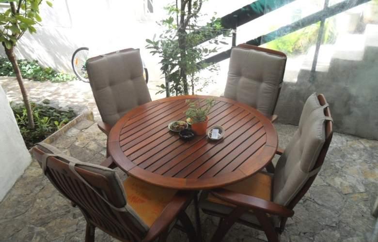 Villa Dube - Terrace - 16
