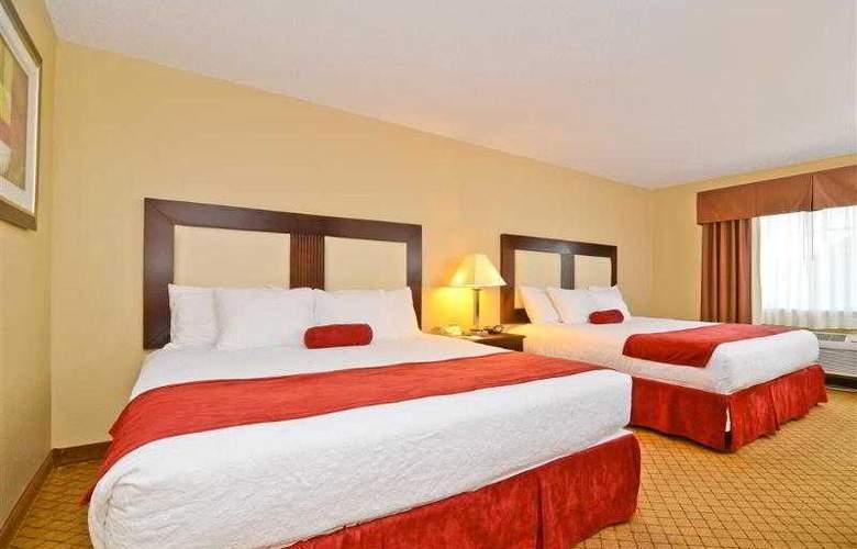 Best Western Plus Macomb Inn - Room - 33