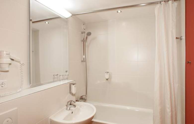 Comfort Hotel Berlin Lichtenberg - Room - 9