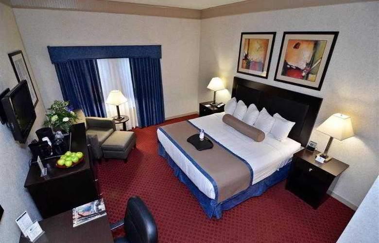 Best Western Plus Concordville Hotel - Hotel - 41