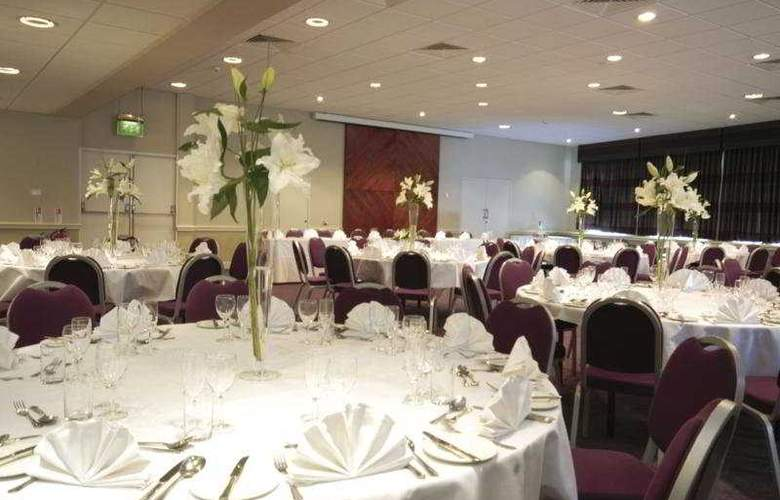 Menzies Swindon - Restaurant - 7