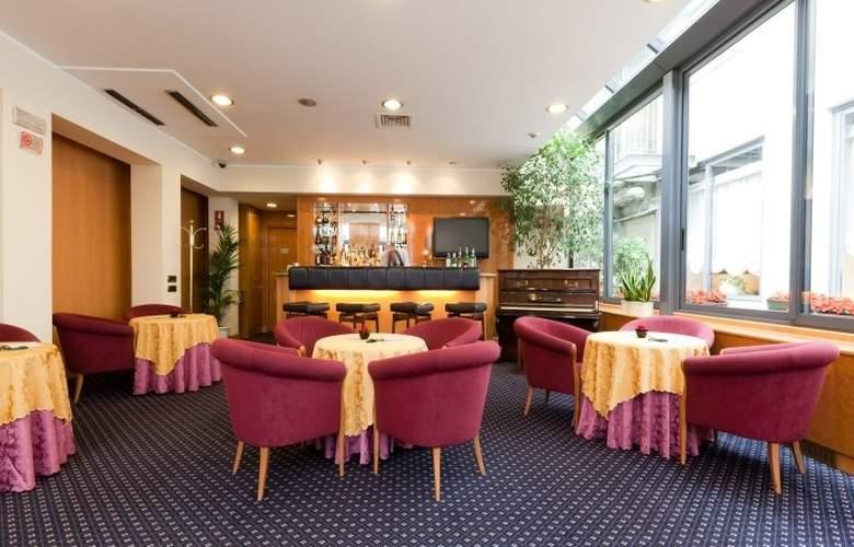 ADI Hotel Poliziano Fiera - Bar - 5