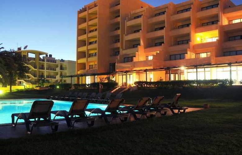Dom Pedro Lagos - Hotel - 2