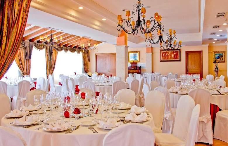 Mon Port Hotel Spa - Restaurant - 148