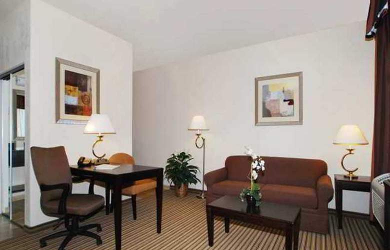 Hampton Inn & Suites Childress - Hotel - 3