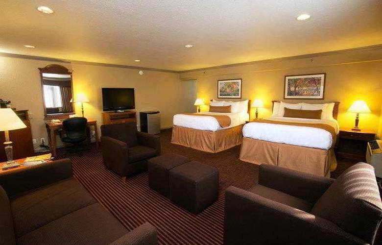 Wyndham Garden Sterling Heights - Hotel - 4