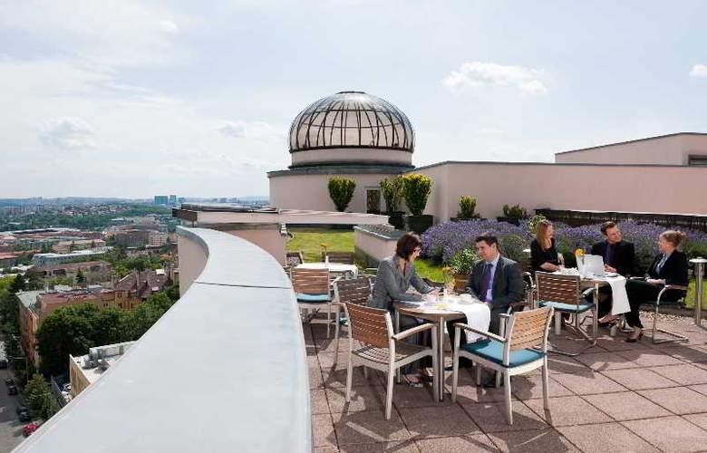 Don Giovanni - Terrace - 19