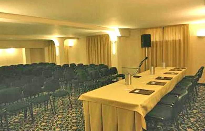 Martini - Conference - 8