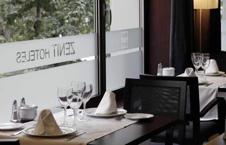 Zenit Don Yo - Restaurant - 38