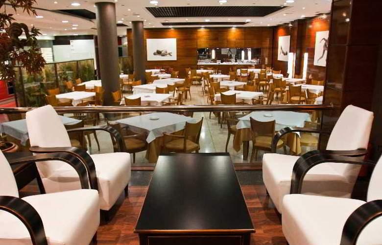 Benetusser - Restaurant - 12