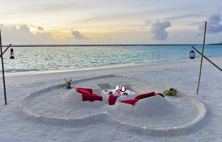 Paradise Island Resort & Spa - Restaurant - 19