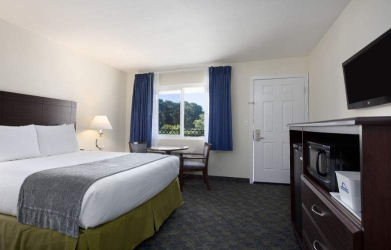 Days Inn Santa Maria - Room - 10