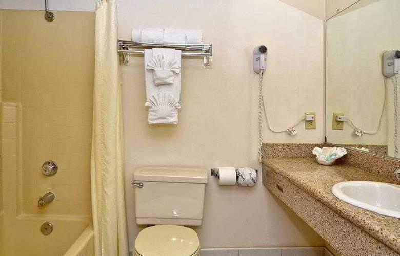 Best Western Plus Palm Desert Resort - Hotel - 12
