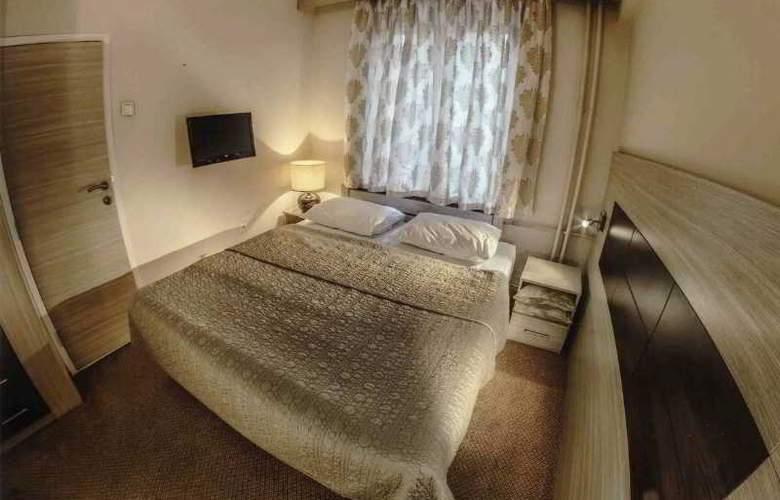 Hotel Royal - Room - 18