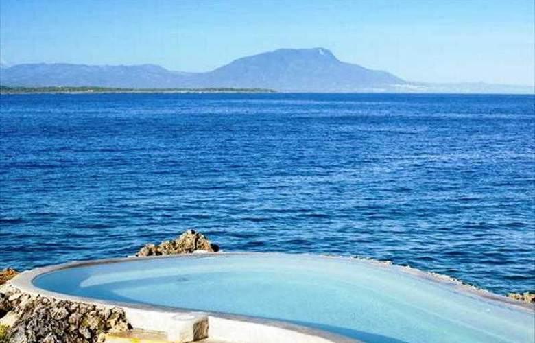 Casa Marina Beach & Reef - Pool - 19