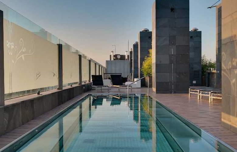 Rafaelhoteles Forum Alcala - Terrace - 57