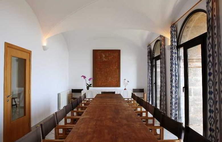 Petit Hotel Hostatgeria Sant Salvador - Conference - 4