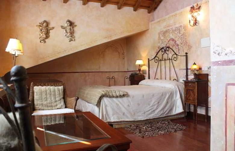 Don Fadrique - Room - 0