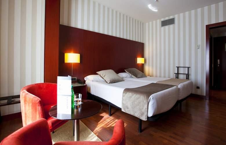 Zenit Barcelona - Room - 13