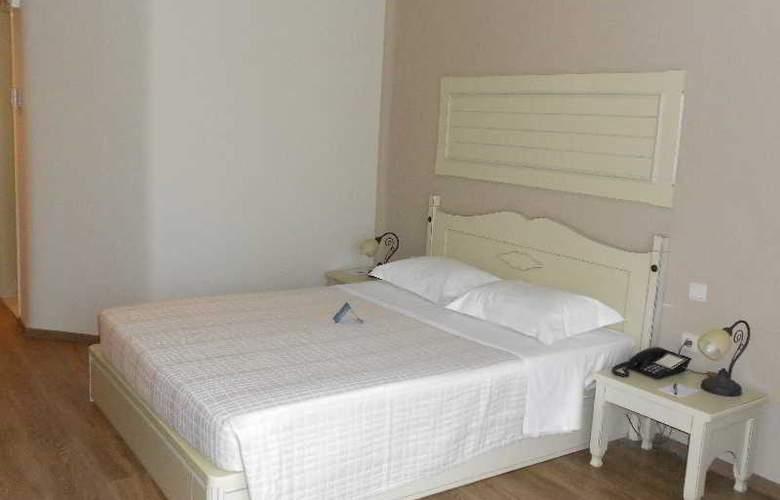 Athena Pallas Village - Room - 12