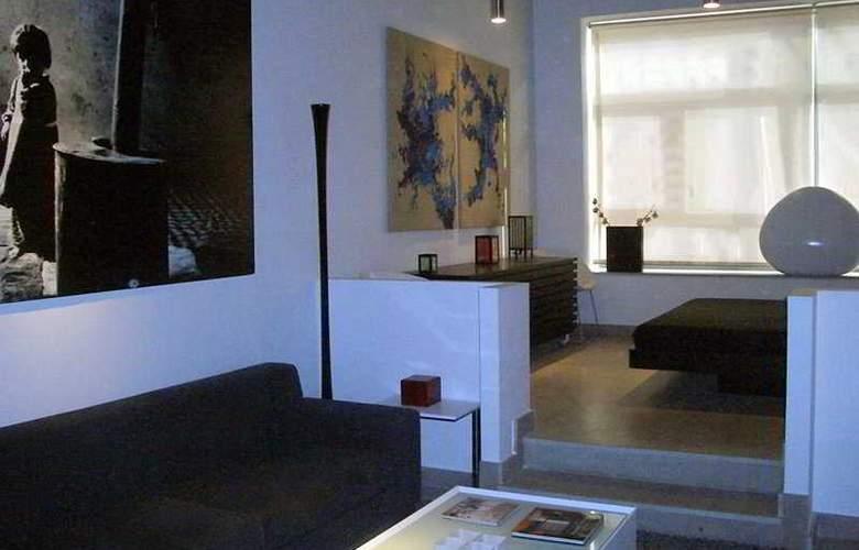 Eco Alcala Suites - Room - 0