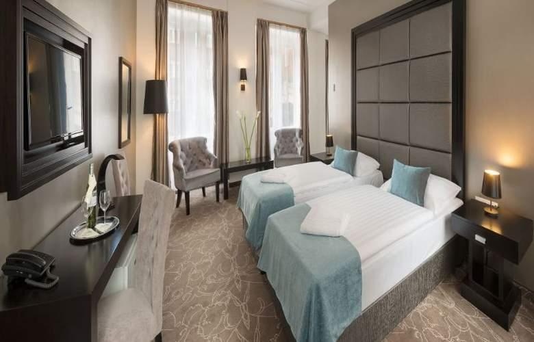 Arcadia Hotel Budapest - Room - 1