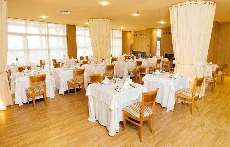 SBH Crystal Beach - Solo Adultos - Restaurant - 2