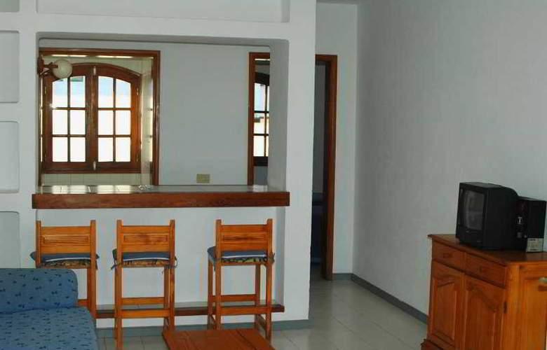 Vista Mar - Room - 5