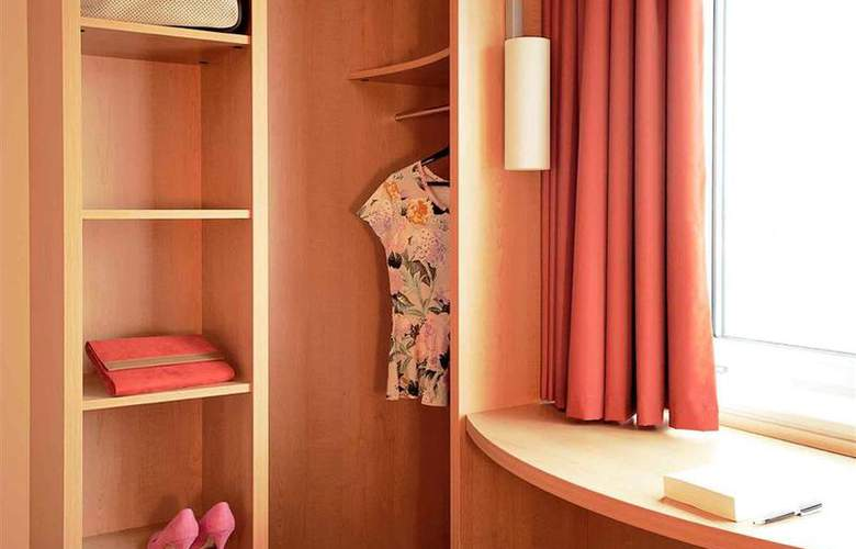 Ibis Praha Wenceslas Square - Room - 9