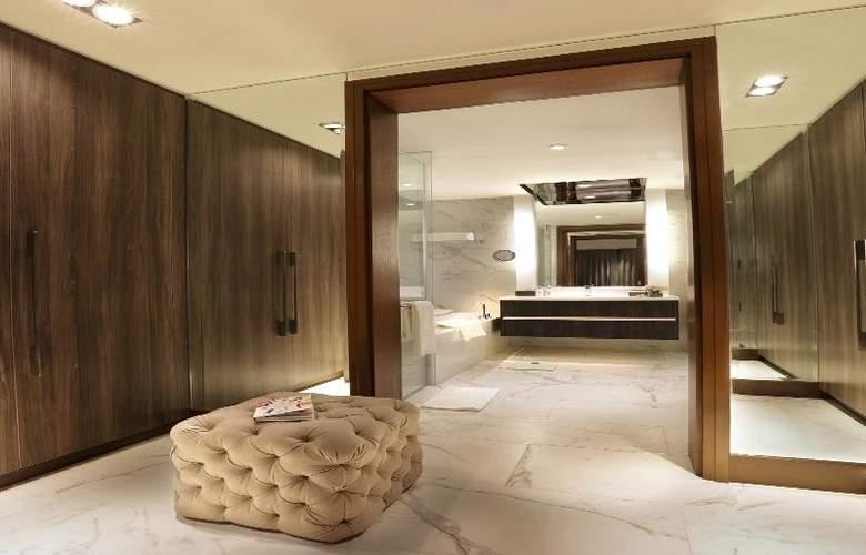 Makati Diamond Residences - Room - 11