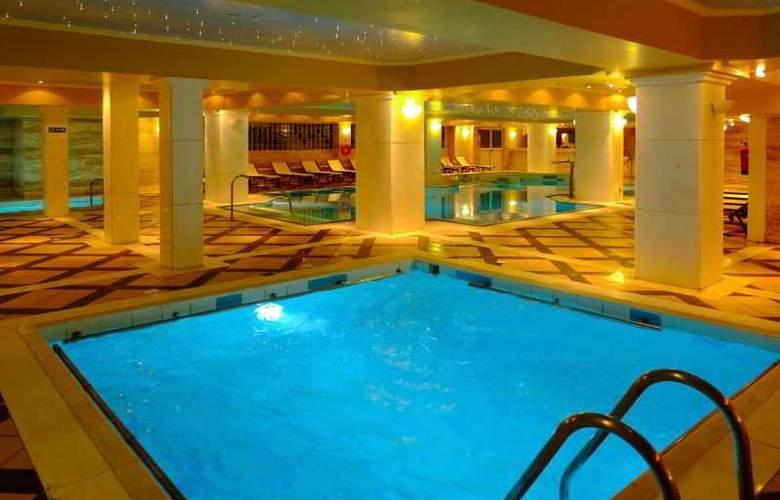 Mare Nostrum Hotel Club Thalasso - Pool - 35