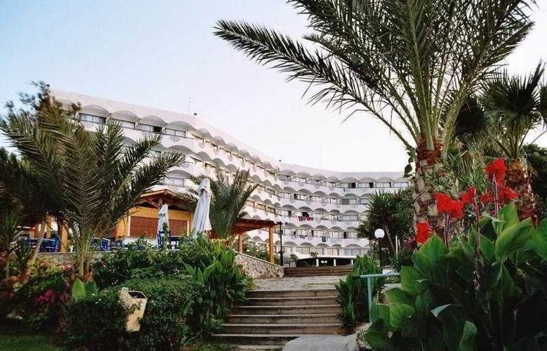 Crystal Springs - Hotel - 0