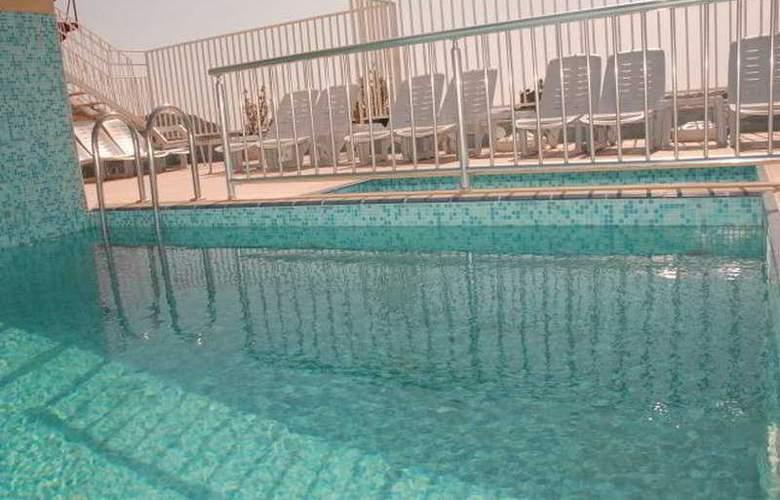 Sailorson Apart - Pool - 6