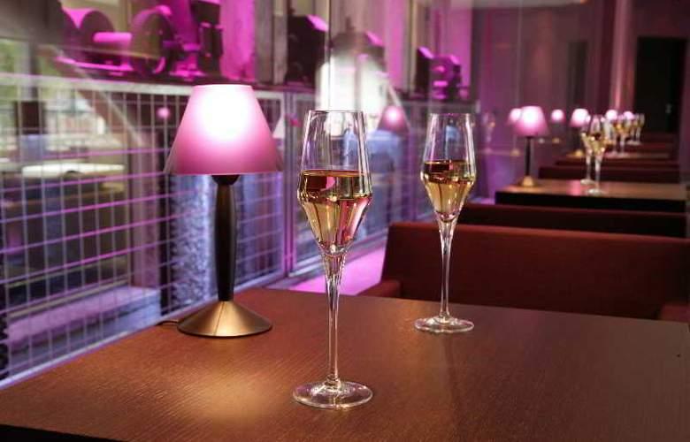 Regent Petite France - Bar - 11