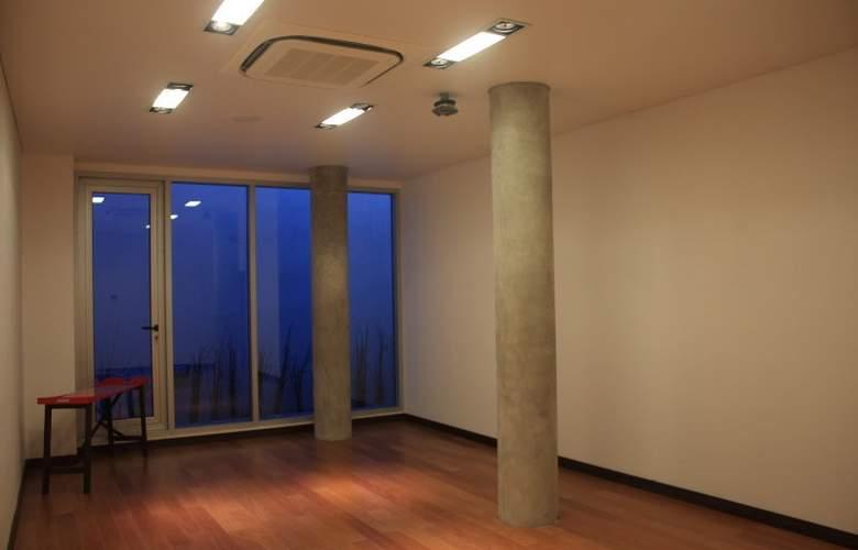 Axsur Design Hotel - Hotel - 2