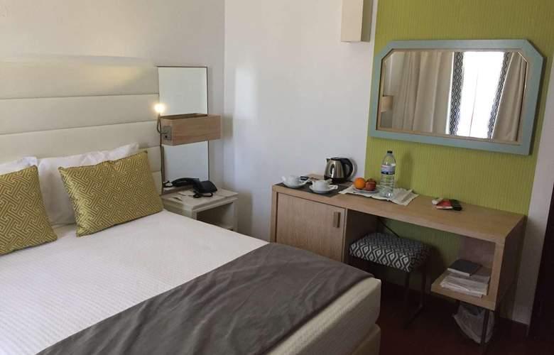 Dom Bernardo - Room - 1