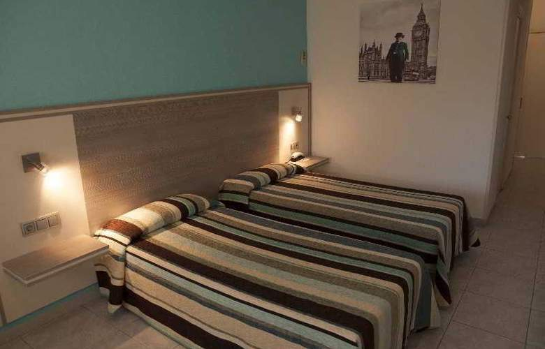 Planas - Room - 11