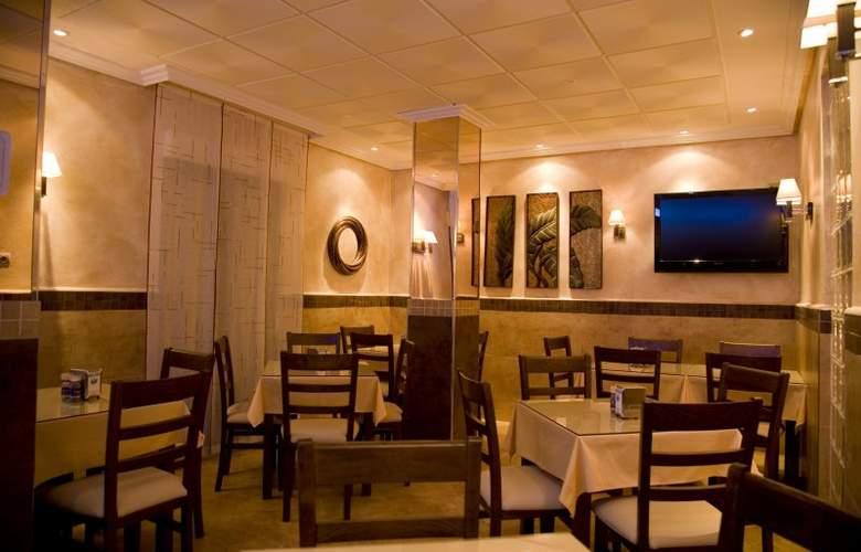 Hostal Toledo - Bar - 3