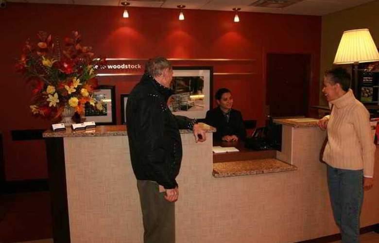 Hampton Inn and Suites Woodstock VA. - Hotel - 0