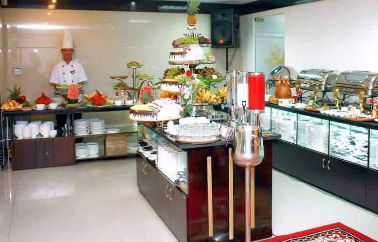 Golden Cyclo Hotel - Restaurant - 38
