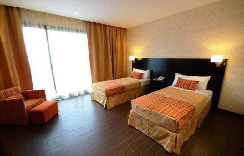 Grand Crucero Hotel - Room - 5