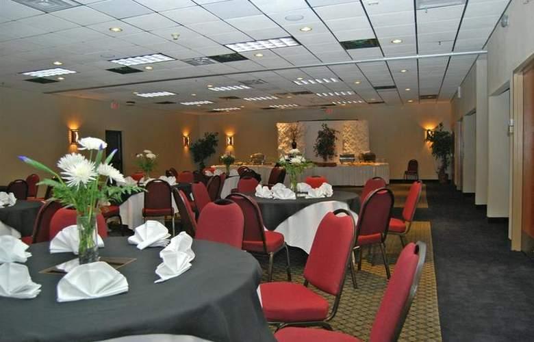 Best Western Saddleback Inn & Conference Center - Conference - 111