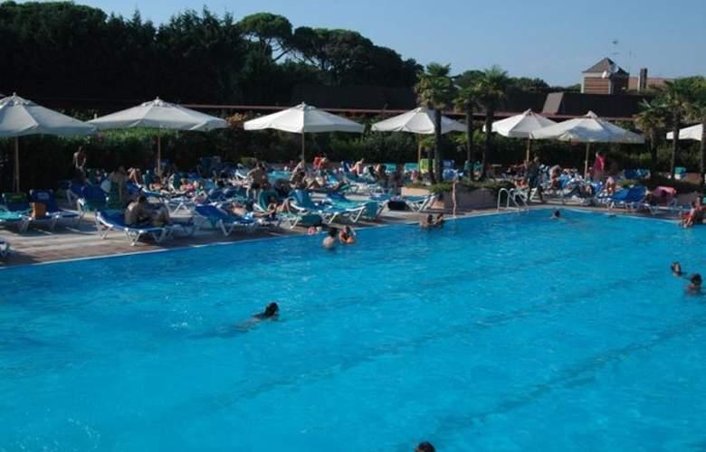 Garden Club Toscana - Pool - 23