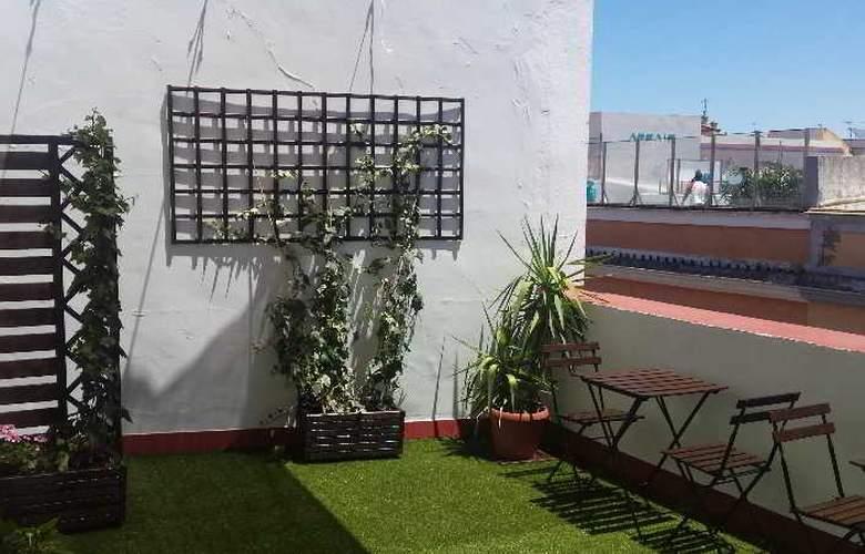 Hotel Boutique Doña Lola - Terrace - 8