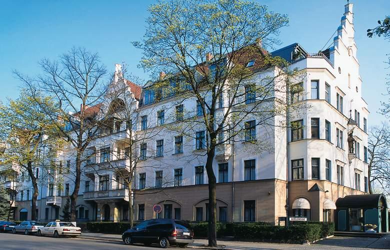 Romantik Kronprinz - Building - 1
